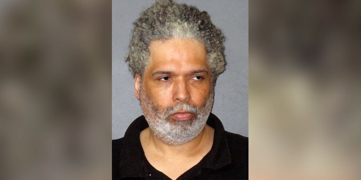 Man accused of hiring people to steal from Home Depot, Lowe's, then selling items on Amazon