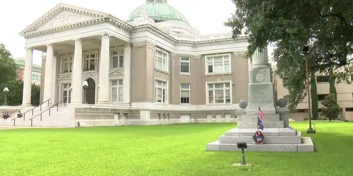 Debate over Confederate statue at Calcasieu courthouse
