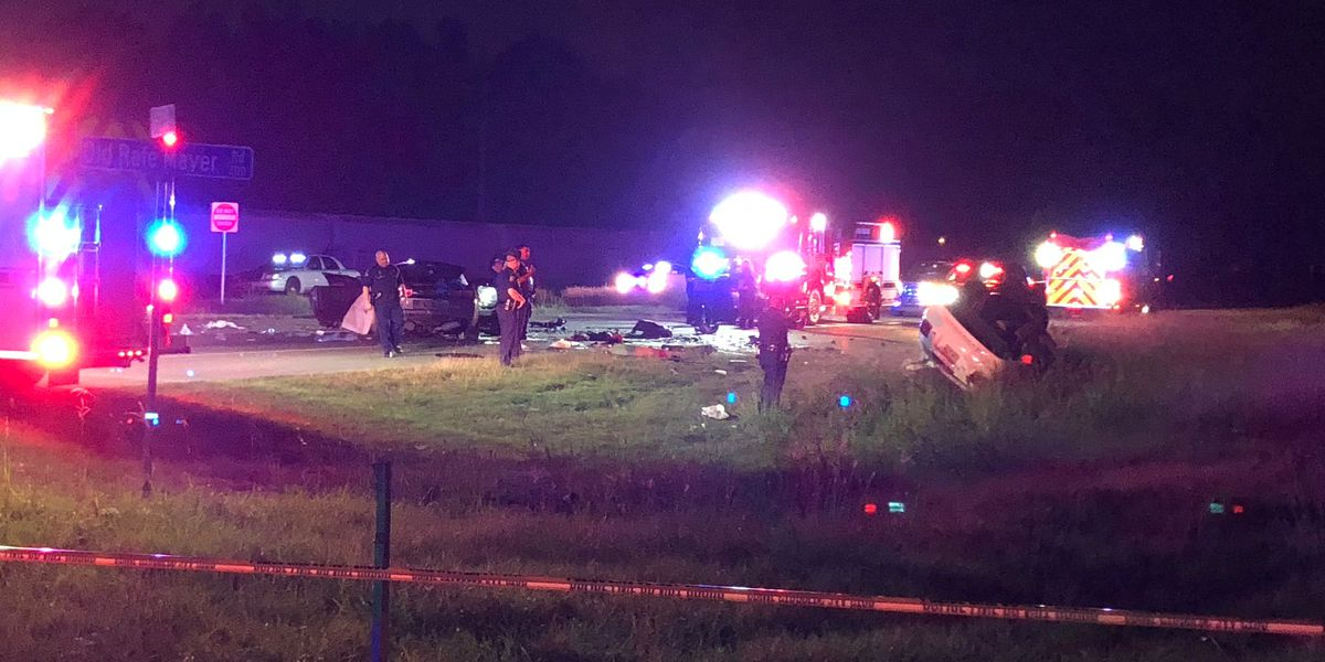 2 dead, 3 critically wounded following police chase that ended in head-on collision