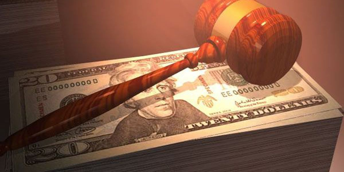 Investment adviser charged with defrauding clients