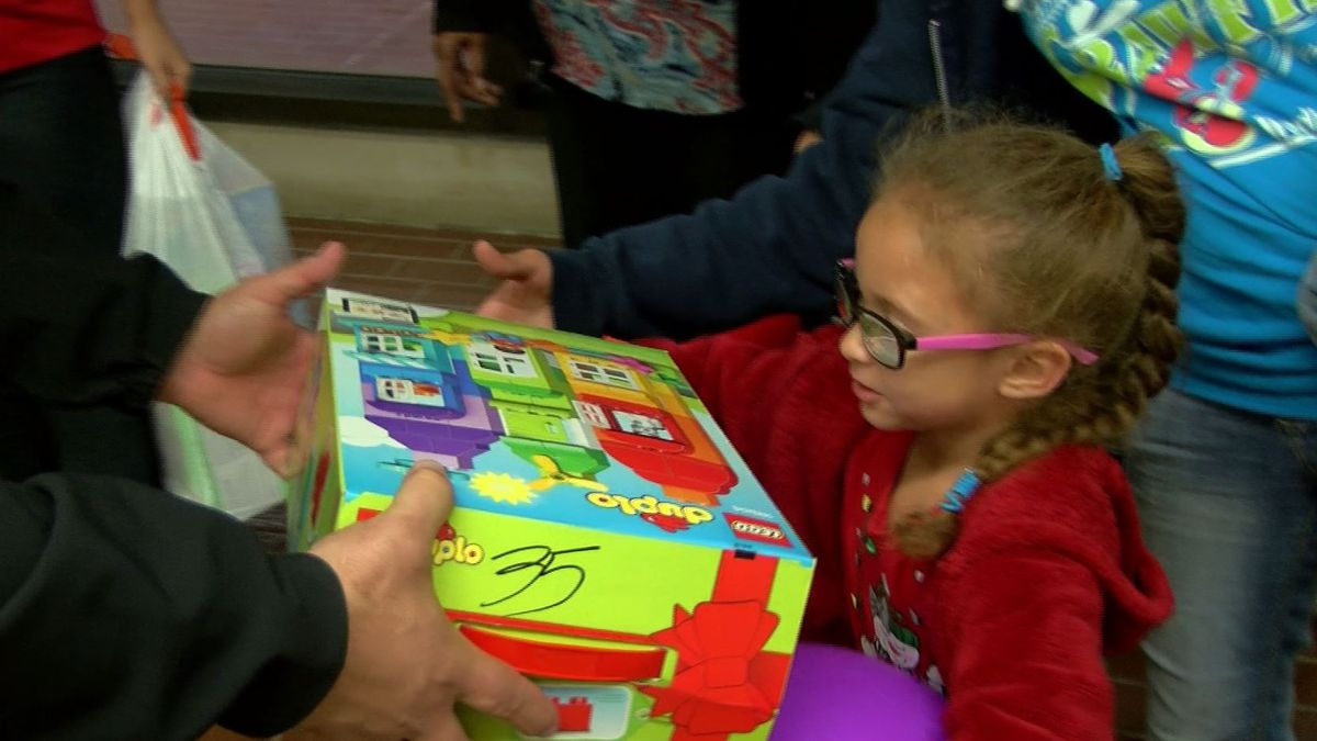 Iberville Parish Sheriff's Office buys toys for 200+ kids thanks to community
