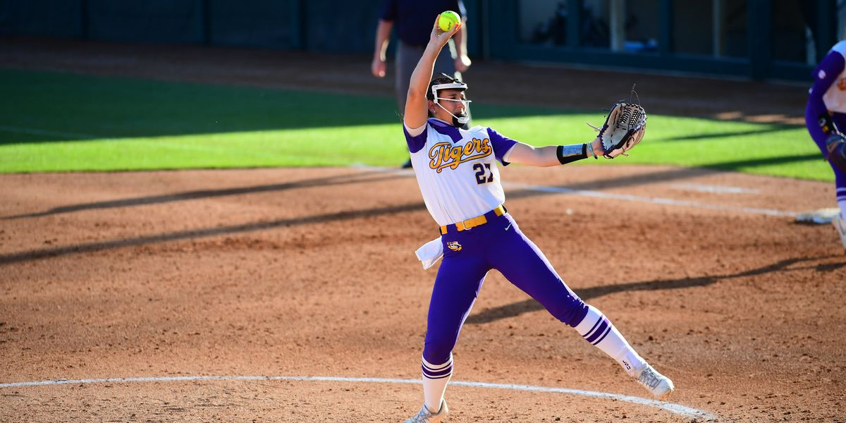 No. 12 LSU softball walks-off No. 7 Texas in extra innings