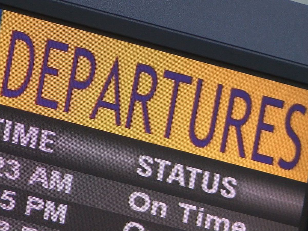 Thousands expected to fly out of town for Thanksgiving