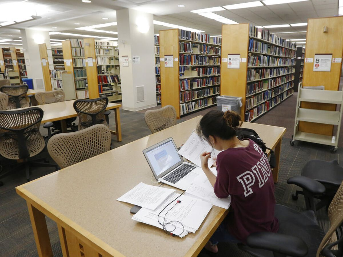Federal student loan forbearance not extended in COVID-19 stimulus bill