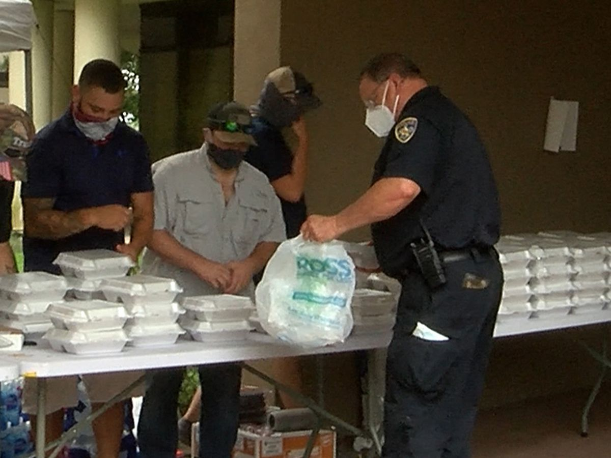 Back the Blue cookout provides meals to BRPD