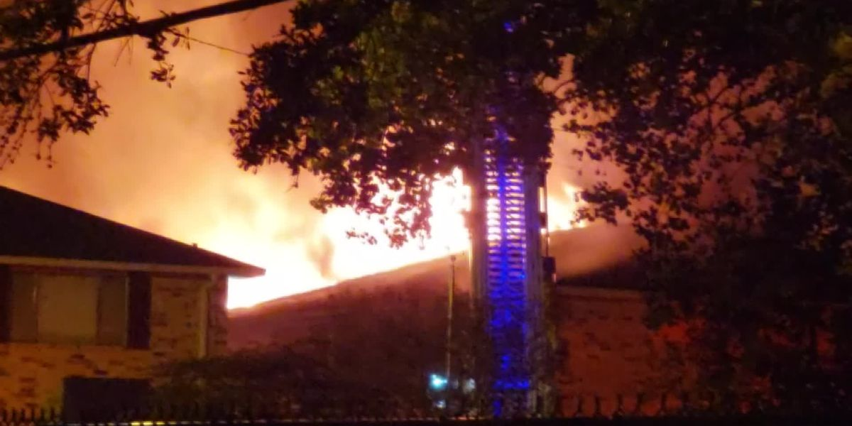 12 units destroyed in massive apartment complex blaze
