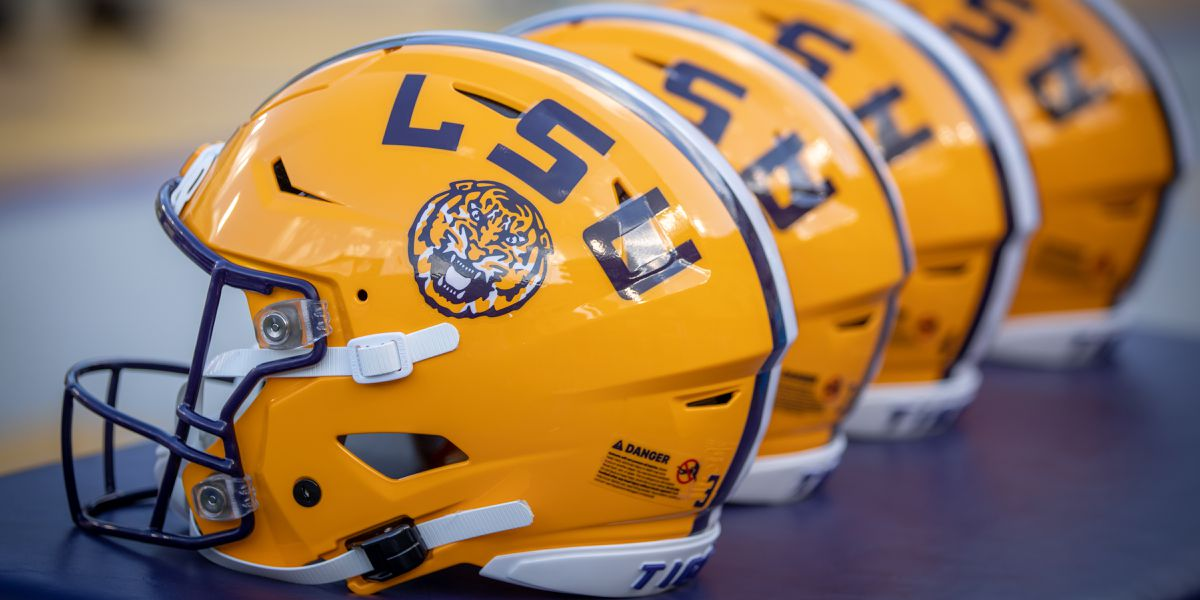 LSU football officially hires Scott