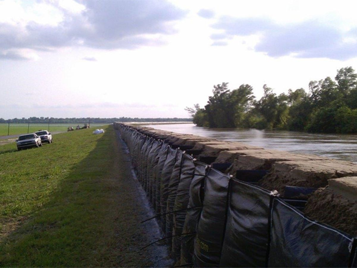 DOTD installing temporary dams on LA 70 in Assumption and lower St. Martin parishes