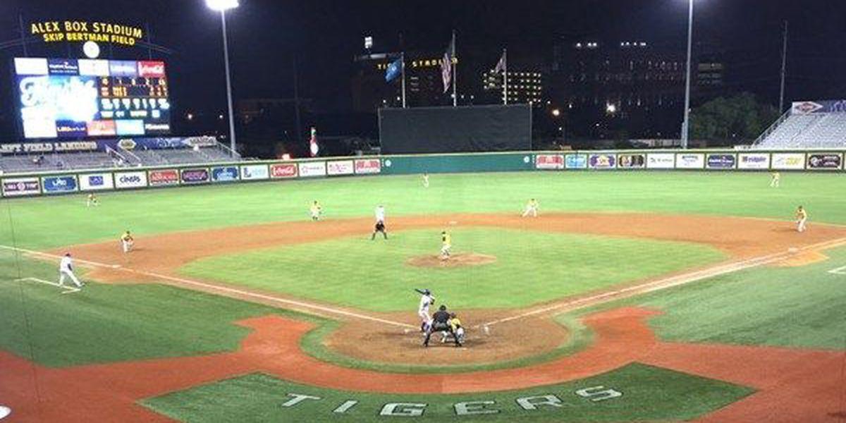 LSU baseball wins over Grambling, 14-11