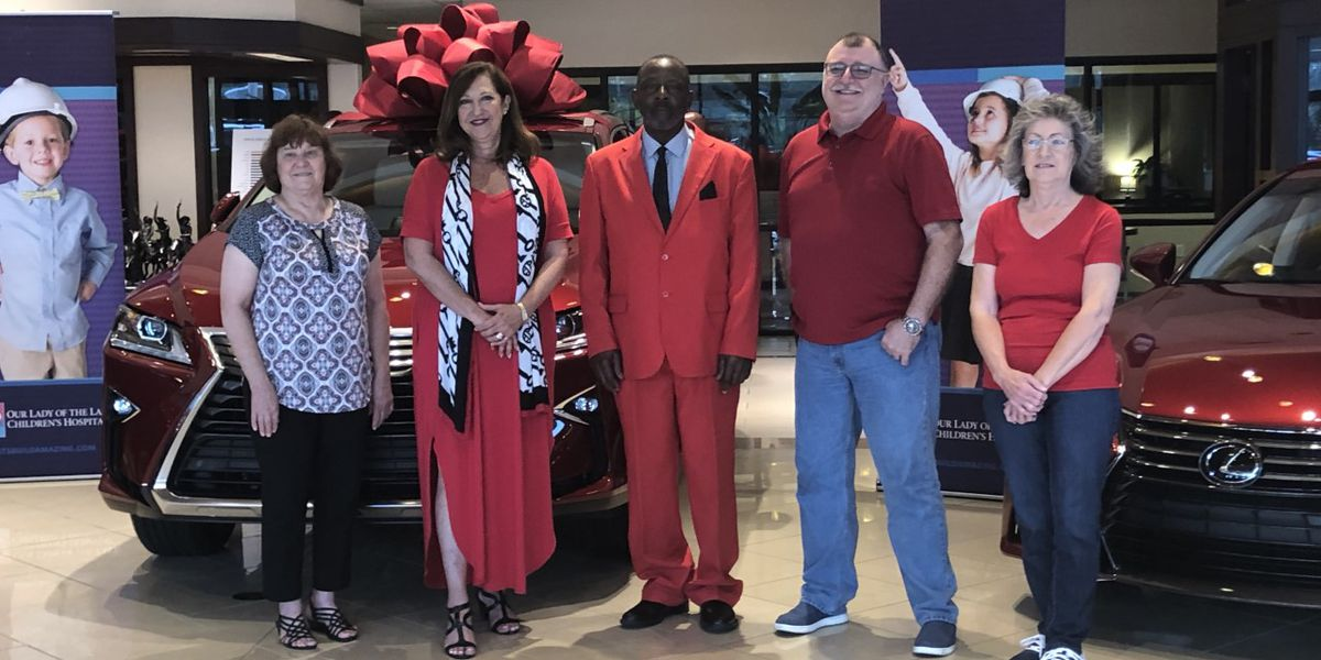 Winners draw keys for 5 Cars, 5 Winners