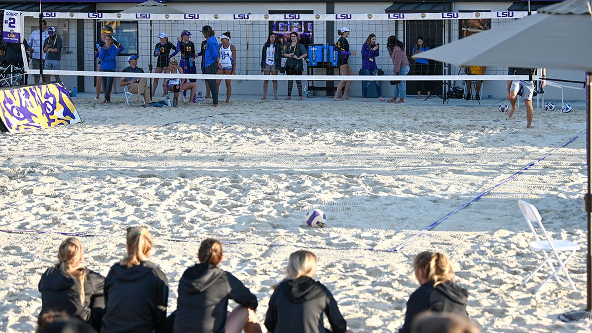 No. 4 LSU beach volleyball sweeps opening day of Battle on the Bayou