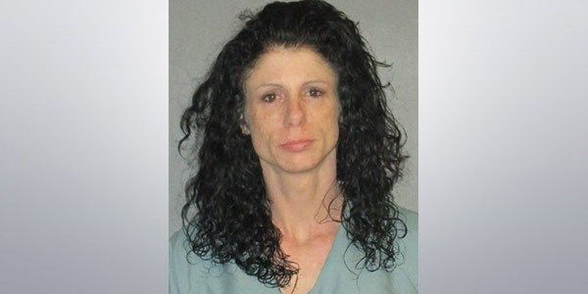Woman dies, is revived and arrested after allegedly overdosing in front of daughter