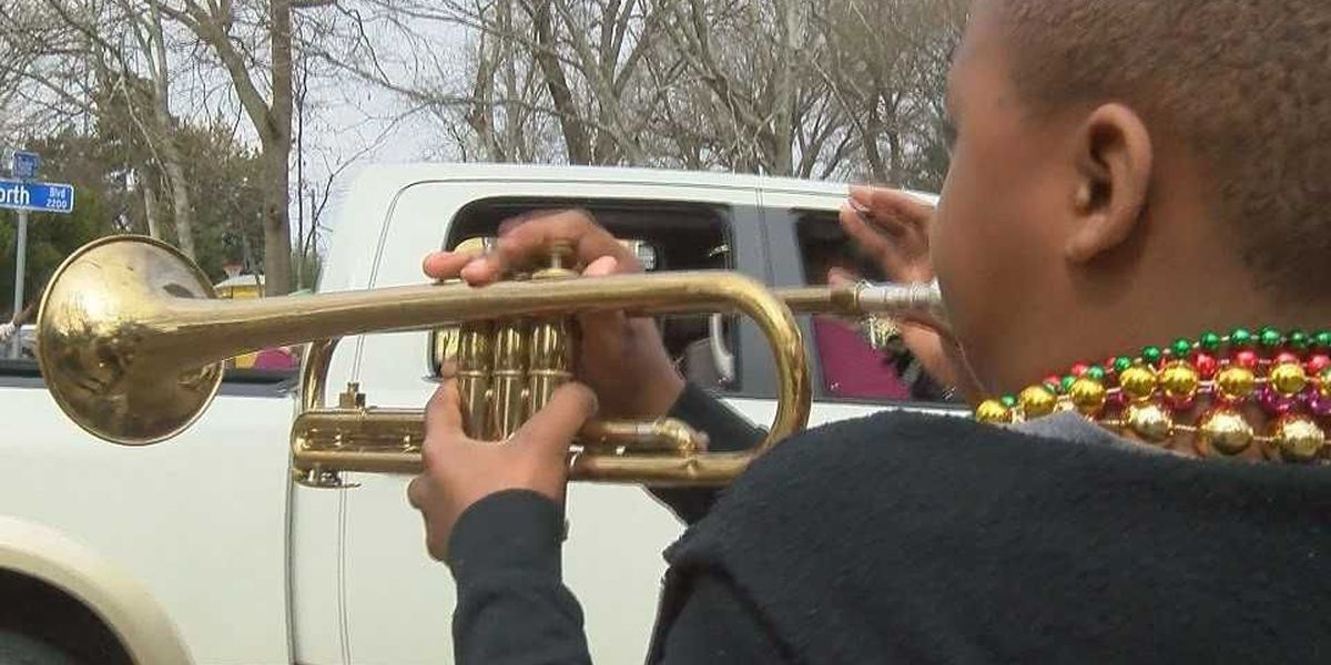 Baton Rouge's newest parade, Mid-City Gras, debuts
