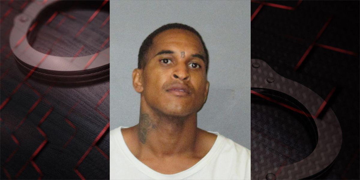 Man arrested after allegedly shooting his father in Baton Rouge
