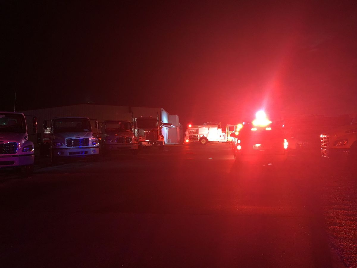 Crews respond to fire at Capitol Freightliner on Sherwood Commons