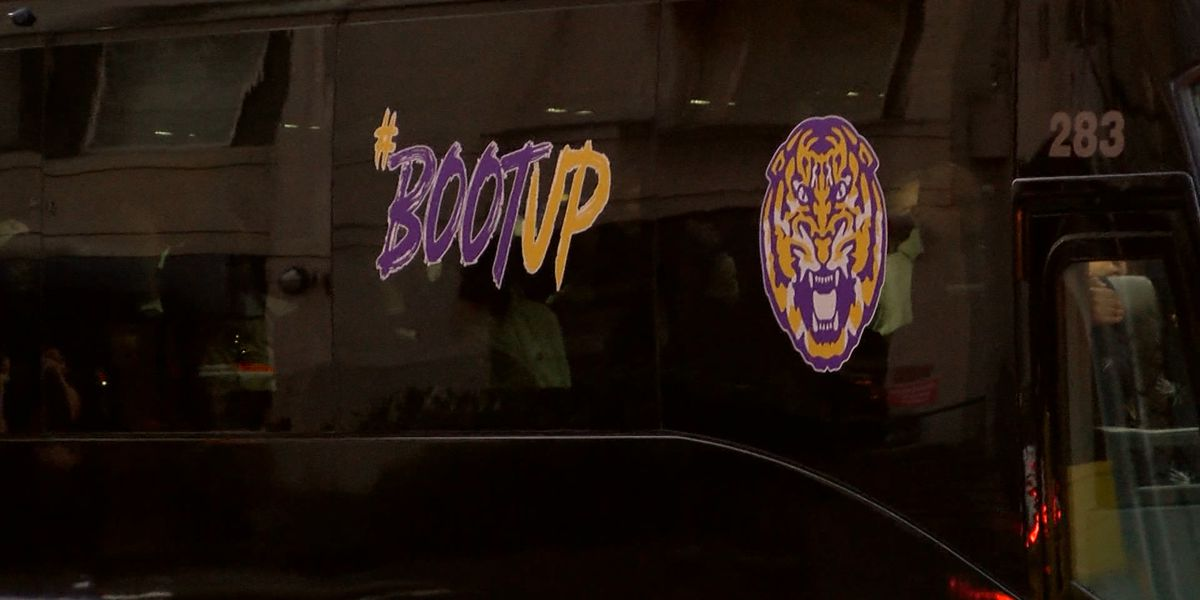 LSU arrives in Washington, DC to face Michigan St. in Sweet 16
