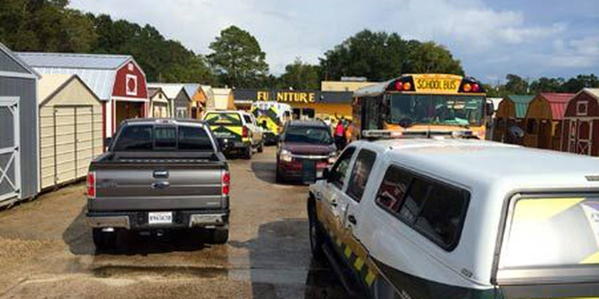 Accident in Gonzales involving three school buses