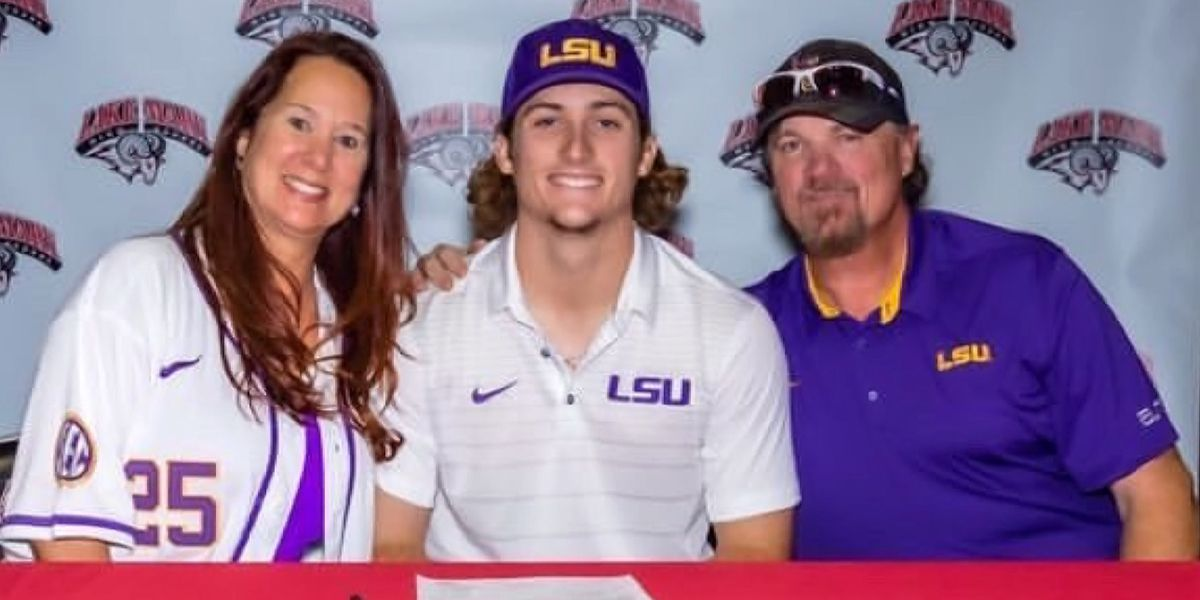 Outfielder Dylan Crews chooses LSU over MLB