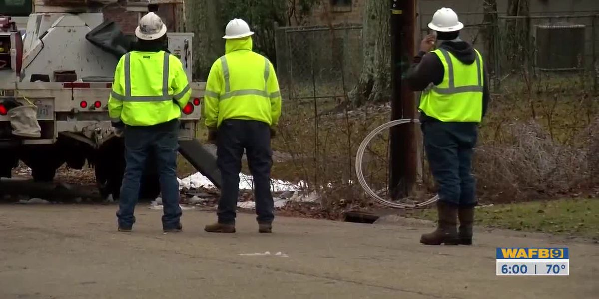 Public Service Commission presses Entergy Louisiana executive on outages and repair expenses