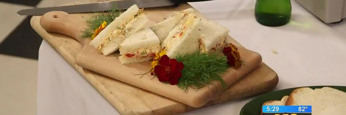 Stirrin' It Up: Pimiento Cheese, Bacon and Roasted Red Pepper Finger Sandwiches (April 9, 2019)
