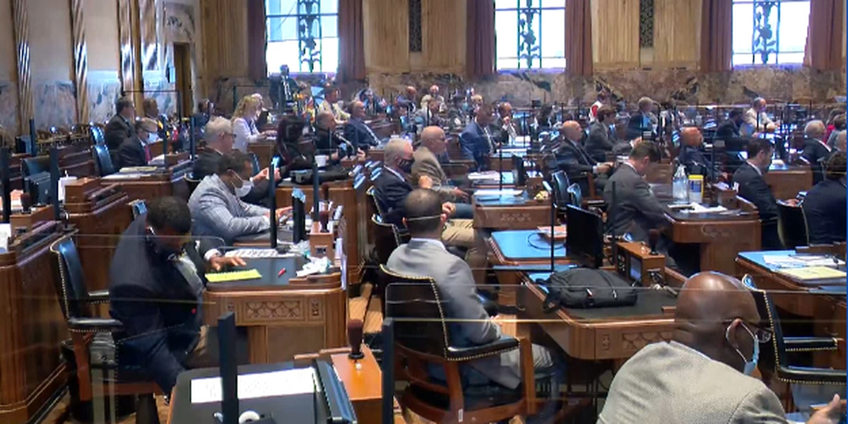 La. lawmakers buy time to solve unemployment crisis
