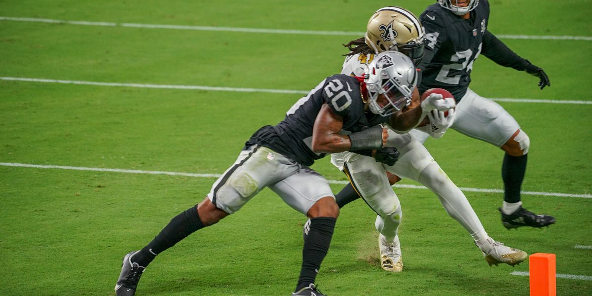 Saints squander double-digit lead, lose to the Raiders
