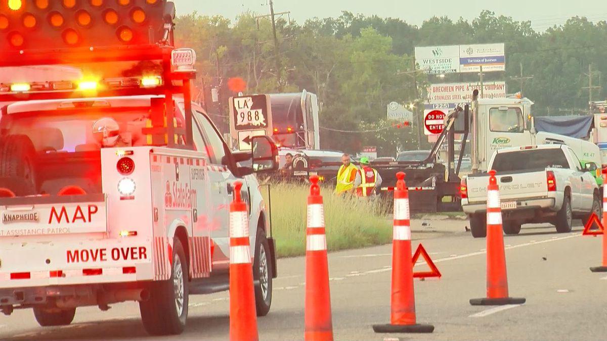 One dead in Port Allen crash