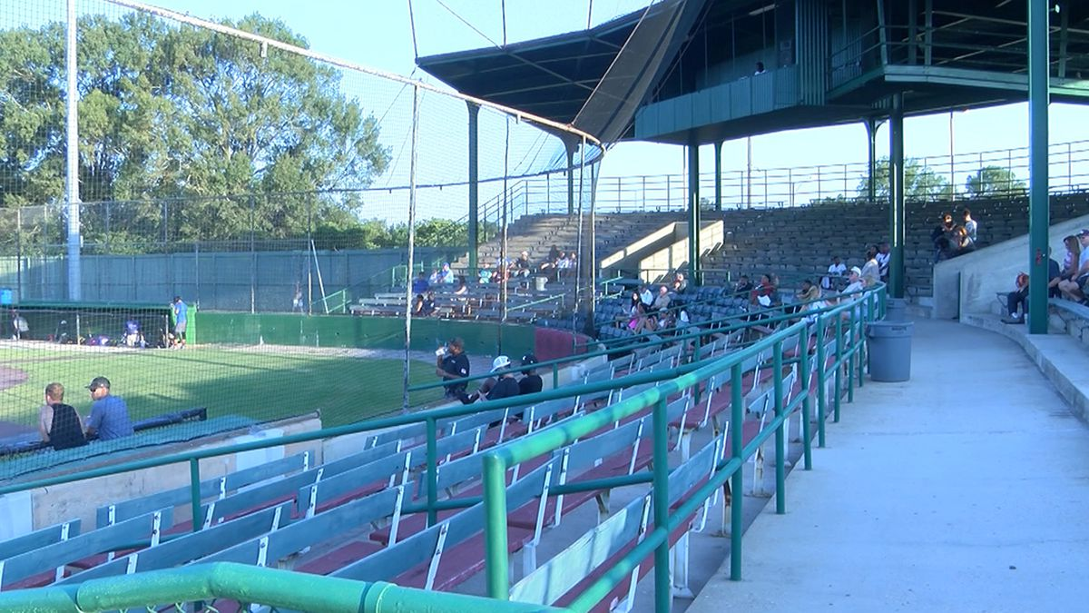 Former Southern baseball star hosts exhibition game to help players stay sharp