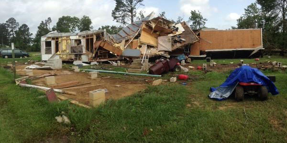 Tornado destroys mobile home, injures 2 in Tangipahoa Parish