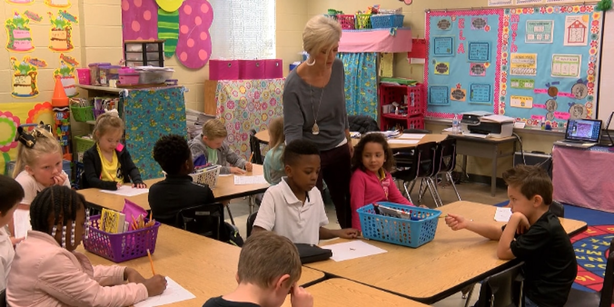 Jefferson Parish votes in favor of teacher pay raise