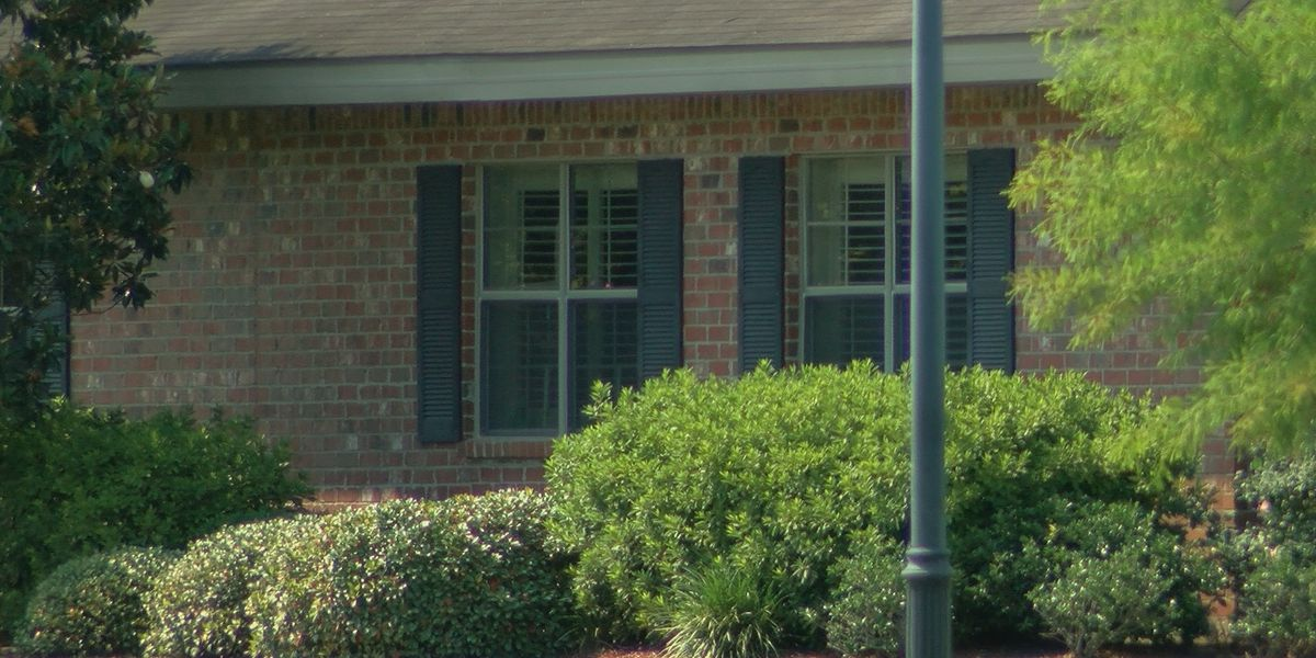 THE INVESTIGATORS: Nursing home spokeswoman raises questions about LDH coronavirus data