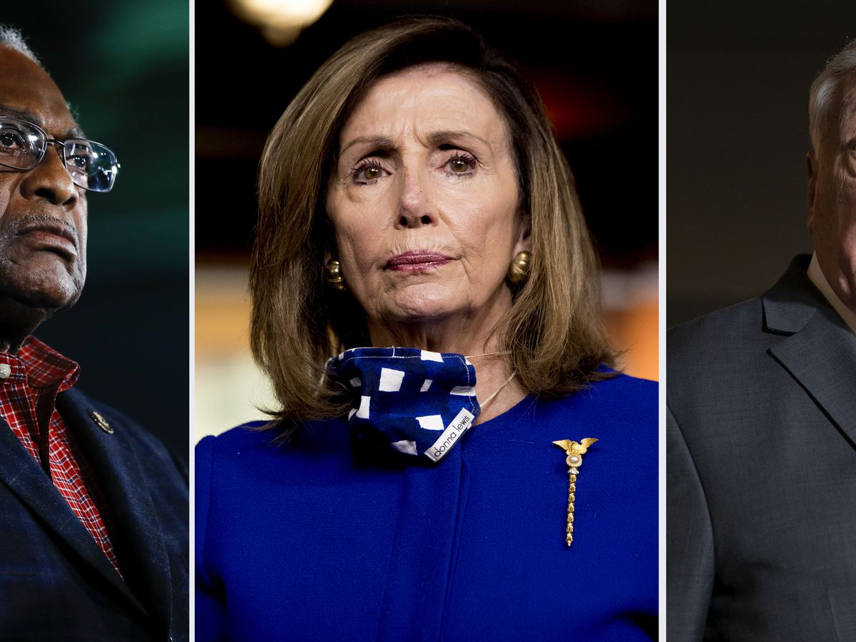 Pelosi, McConnell discuss COVID relief as pressure builds