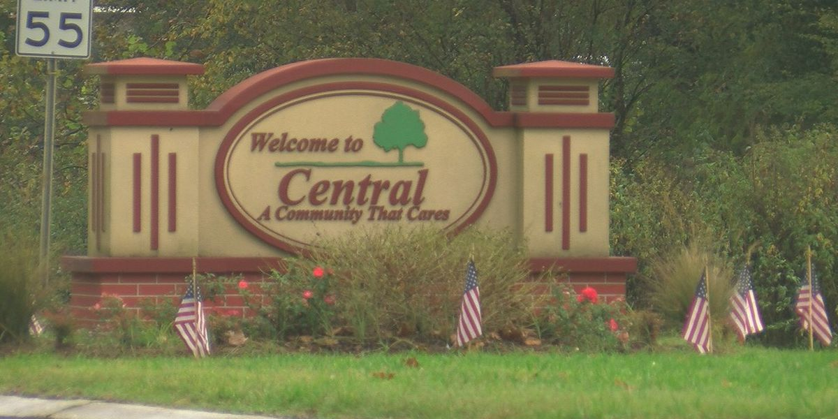 Central asst. police chief resigns after cyberstalking, harassment arrest