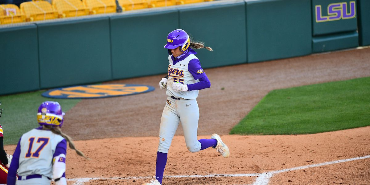Tigers run-rule North Carolina State 13-2 sweep doubleheader