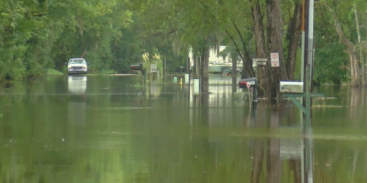 Residents of Ascension, Livingston parishes prepare for Hurricane Delta