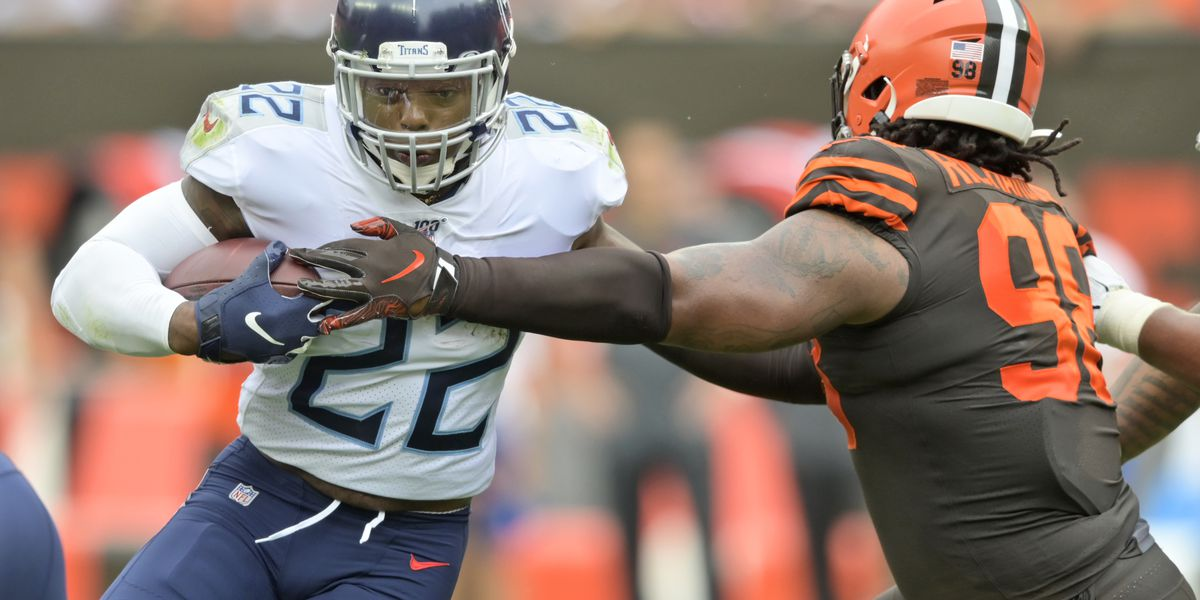 Costly penalties, turnovers plague Cleveland Browns, fall to Titans 43-13