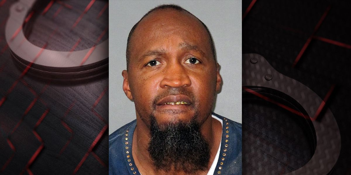 Man accused of exposing himself to patrons at multiple restaurants