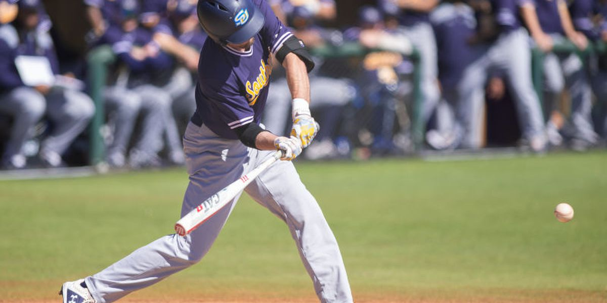 Jaguars split Sunday doubleheader at Northwestern State