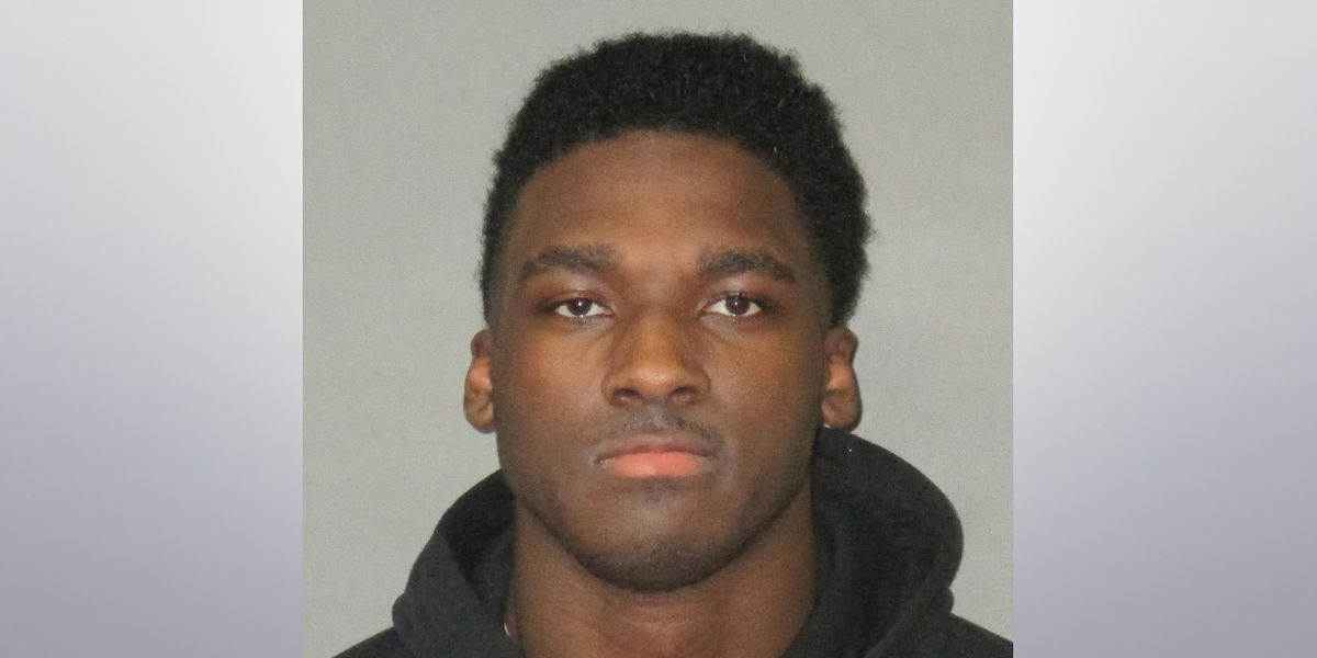 Former LSU WR Drake Davis arrested on new charge
