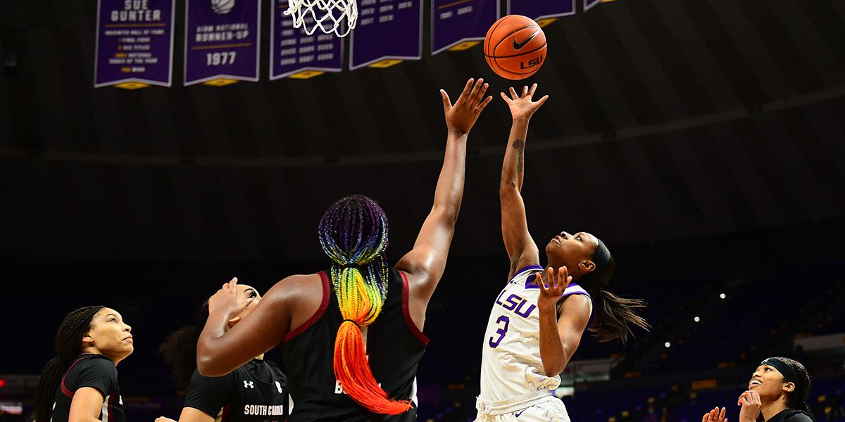 LSU puts up big-time fight in 69-65 loss to No. 4 South Carolina