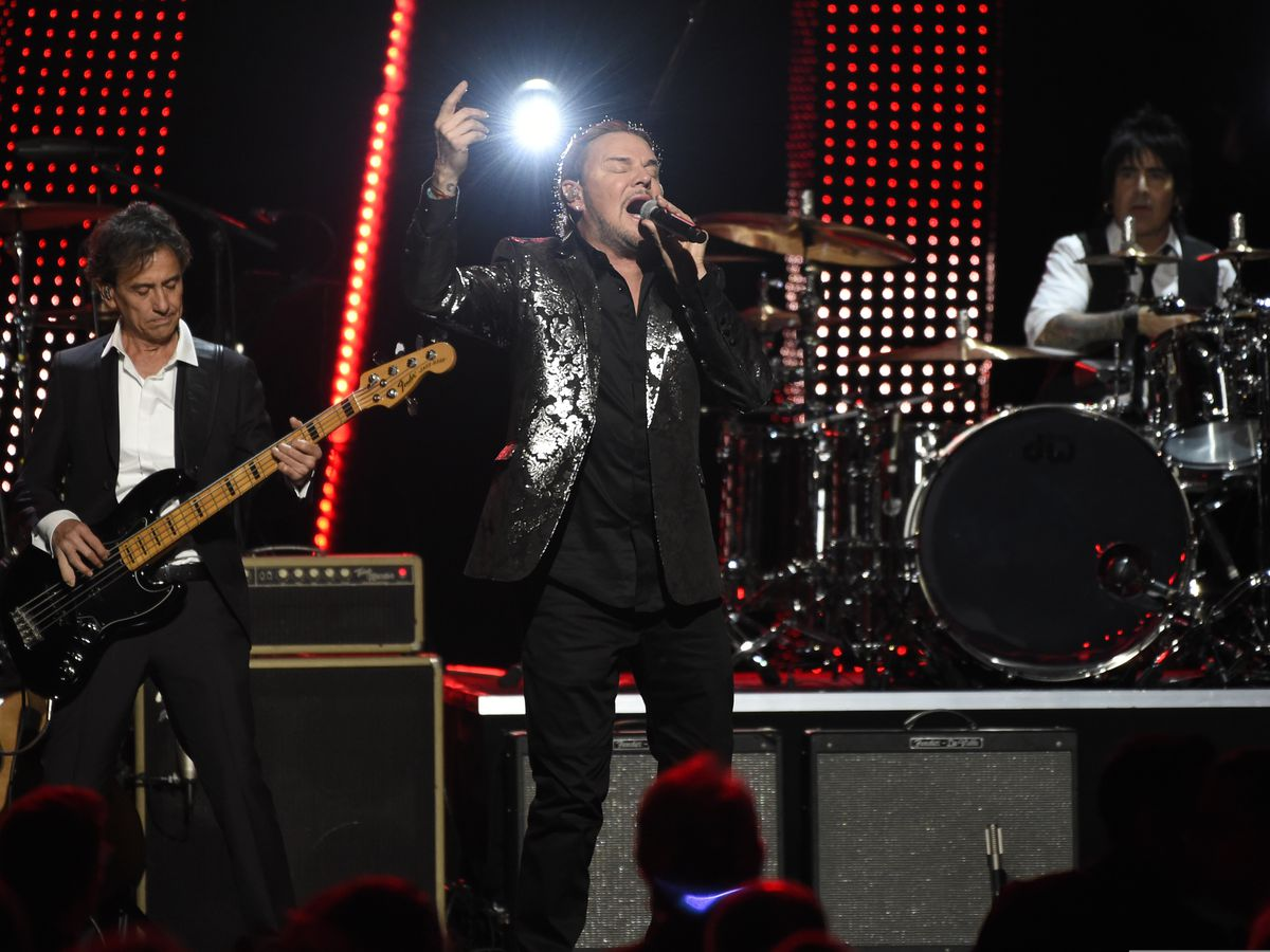 Mana honored as Latin Grammys' Person of the Year
