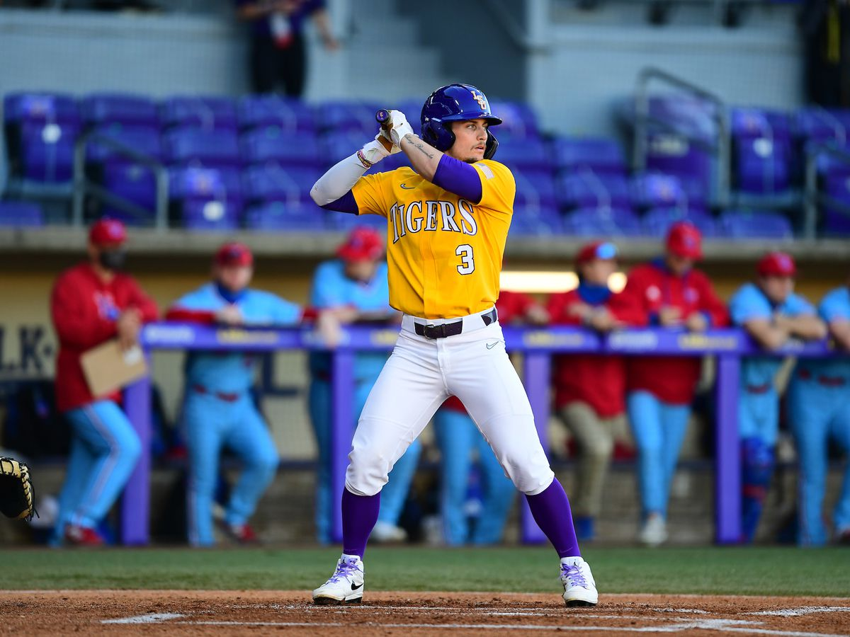 LSU baseball freshman named to Golden Spikes midseason list