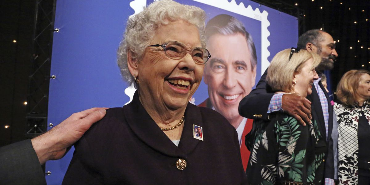 Joanne Rogers, Fred Rogers' widow, dies at 92