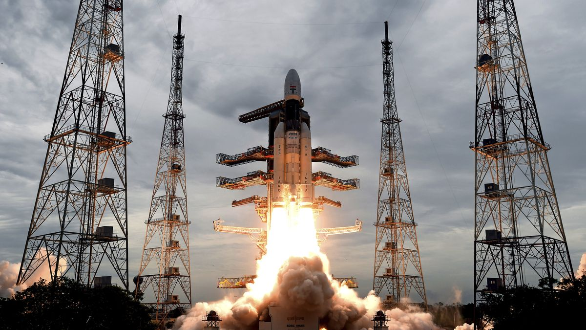 India launches spacecraft to explore water deposits on moon