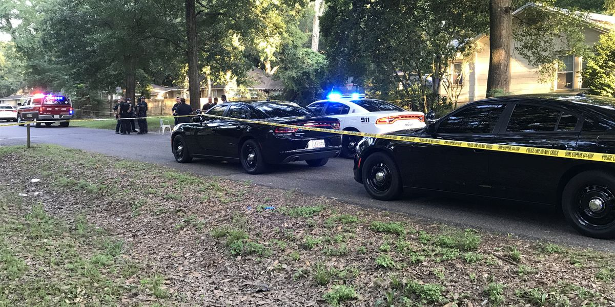 Juvenile killed in shooting on Lanier Drive