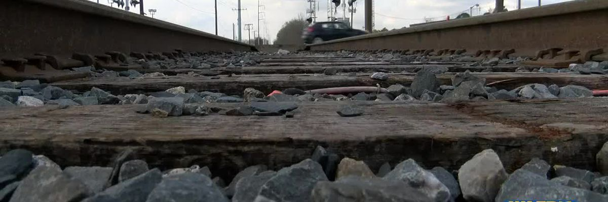 Baton Rouge residents complain of being stuck at railroad crossings for long periods of time