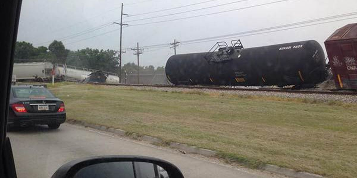 Eastbound lanes of S. Choctaw now open after derailment