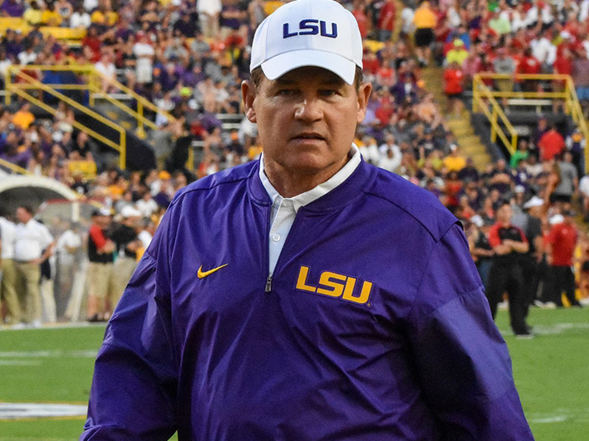 Former LSU head coach Les Miles shares thoughts on discussing important social topics with players