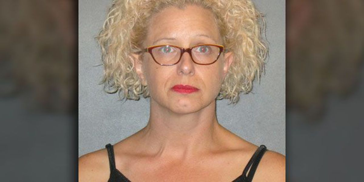 Sheriff: Teacher confessed to sexual relationship with student