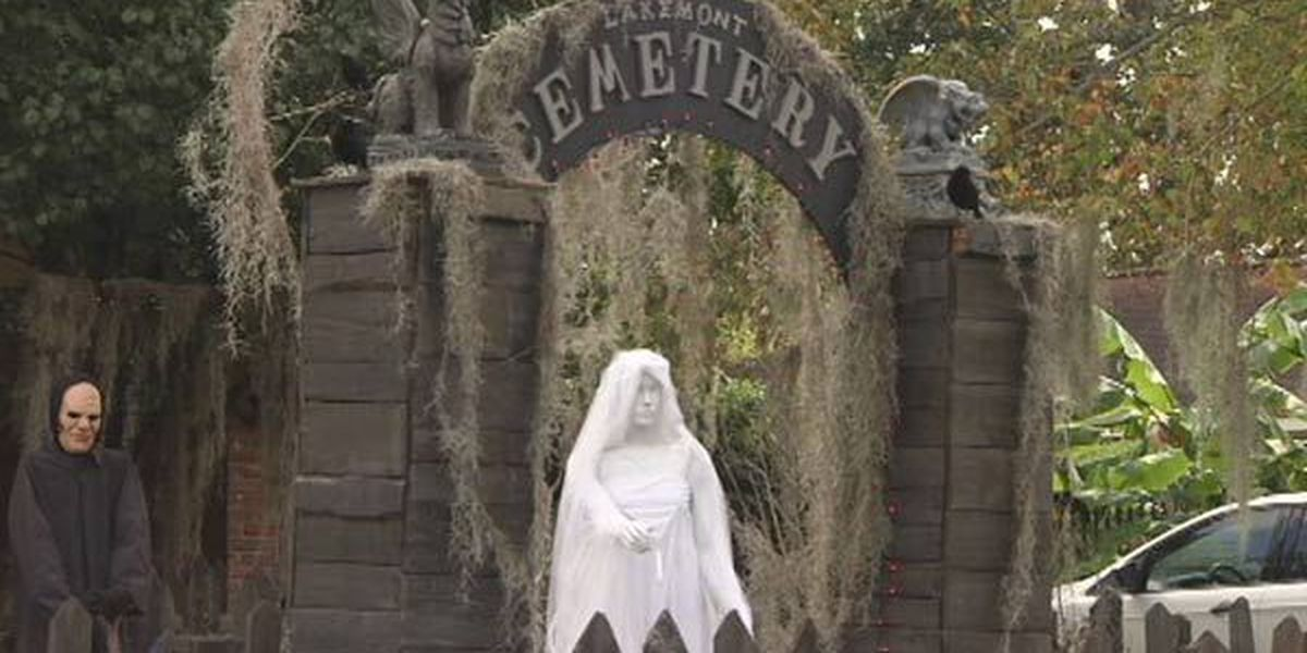 Baton Rouge Woman turns home into 'cemetery' for Halloween